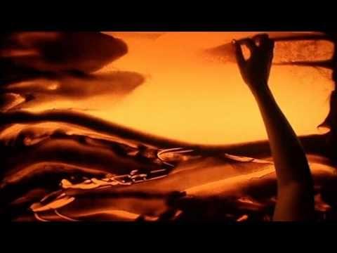 ▶ Песочное шоу, Алёна Войнова - Красная площадь, Silk Way 2011 - YouTube