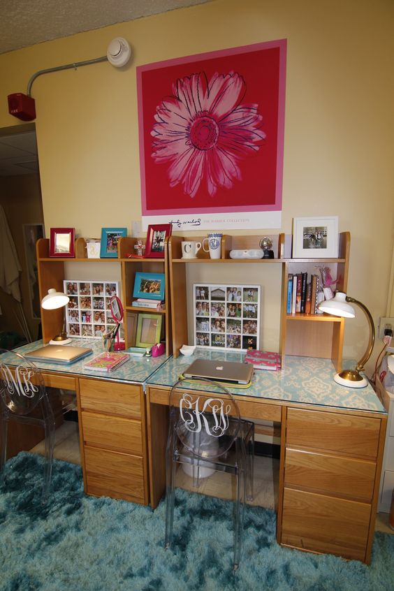 Pinterest • The world's catalog of ideas ~ 130713_Dorm Room Ideas Desk