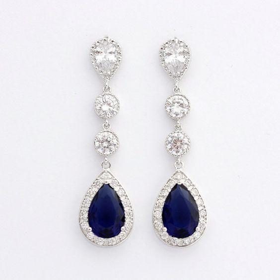 Passende Halskette zu sehen https://www.etsy.com/listing/166791040/wedding-necklace-bridal-necklace-with Passenden Armband