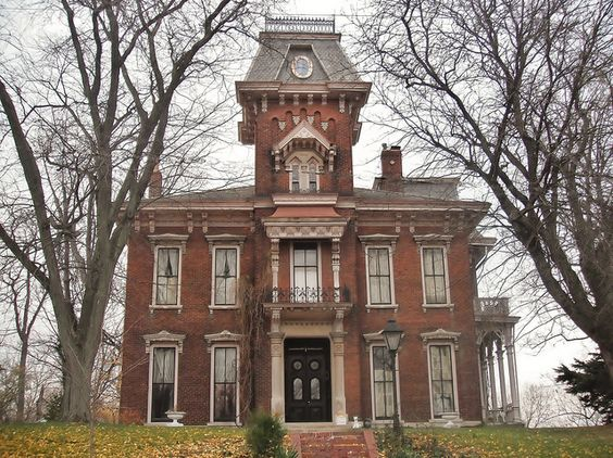 Lafayette indiana 402 s 9th st 1865 1869 judge cyrus for Double storey victorian homes