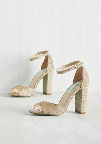 Stay on Pointe Heel in Gold | Mod Retro Vintage Heels | ModCloth.com: