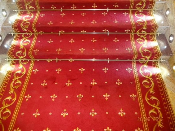 Best Red Carpet Gold Stair Rods Home Flooring Stair Rods 400 x 300