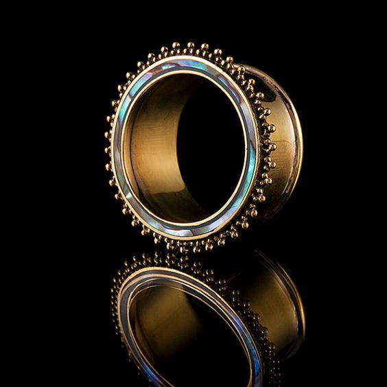 Beautifully hand crafted brass tunnels All of our brass is 100% nickel free Features paua shell/abalone shell inlay It is believed that all varieties