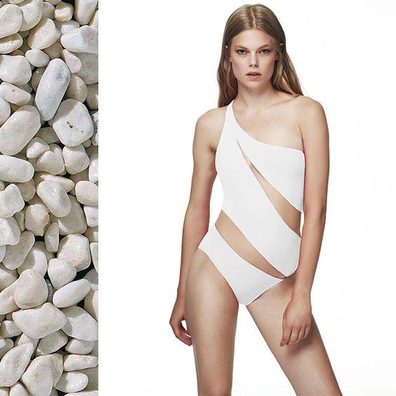 #moevalondon #moeva #luxuryswimwear #bikini #onepiece #coverup #summer #beach #luxurylife #cool #fashion #celeb
