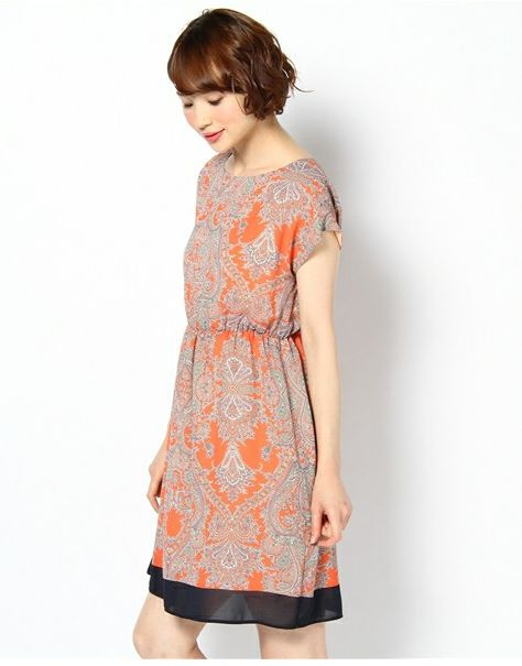 square sleeves gathered waist  http://zozotown.com/shop/techichi/goods.html?gid=1579450=