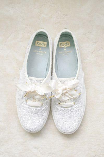 White glitter sneakers for the bride! Fun bridal shoe wedding idea {Priscilla Thomas Photography}