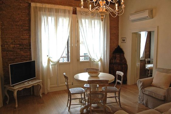 San Lorenzo Canal View apartment - Flats for Rent in Venice