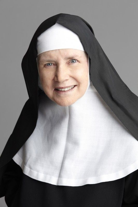 "Starlet Dolores Hart made her decision to give up her acting career to become a Benedictine nun. She starred as Elvis Presley's love interest in 1957's ""Loving You""...."