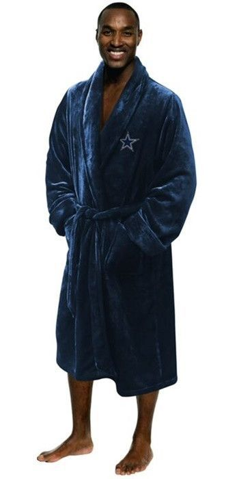 Use this Exclusive coupon code: PINFIVE to receive an additional 5% off the Dallas Cowboys NFL Bath Robe at SportsFansPlus.com