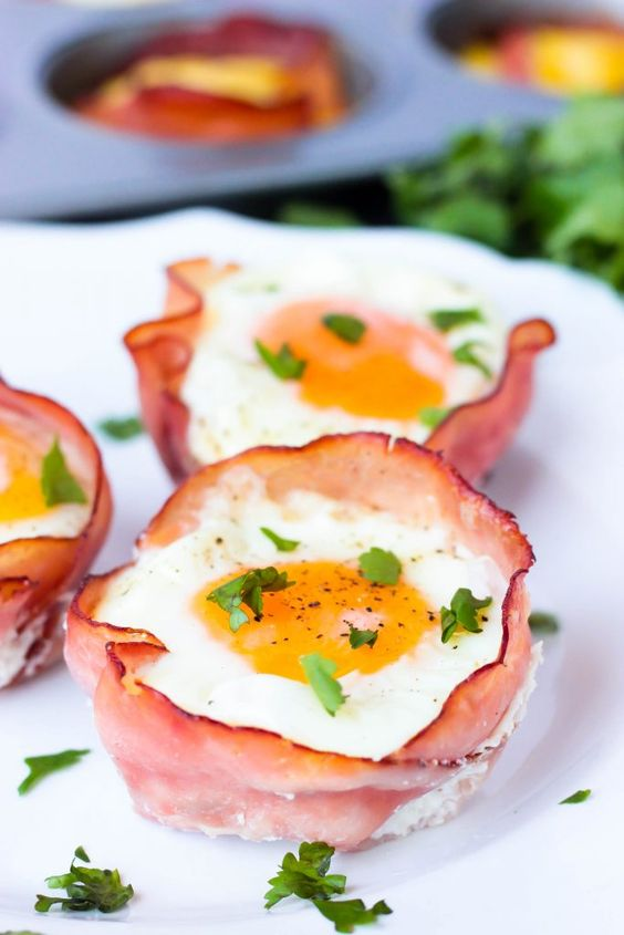 Hum and Cheese Egg Cups