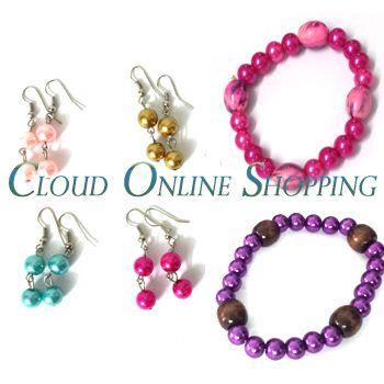 """""""Deal 277"""" Buy 4 Pair Of Earrings & 2 pair Of Pearl bracelet Price Rs:599"""