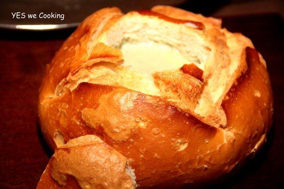 Entrada - Fondue de Gorgonzola no Pão Italiano