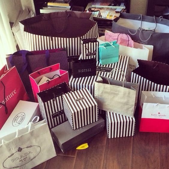 FashionDRA | Lifestyle: 05 incroyables cadeaux à s'offrir à sois même pour la Saint Valentin