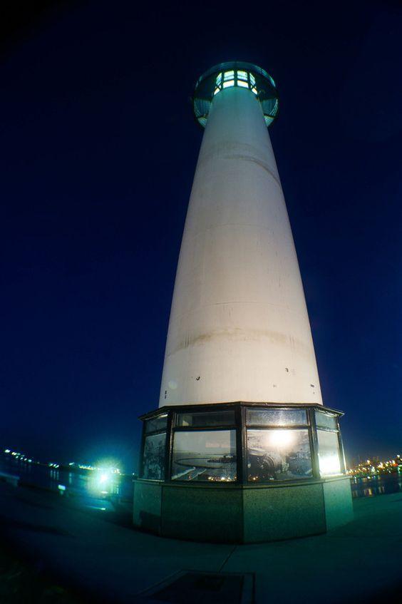 LBC Light House by Edder Gómez on 500px