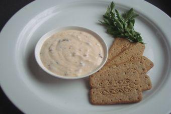 Preparar salsa de pimentón con yogurt al merquén