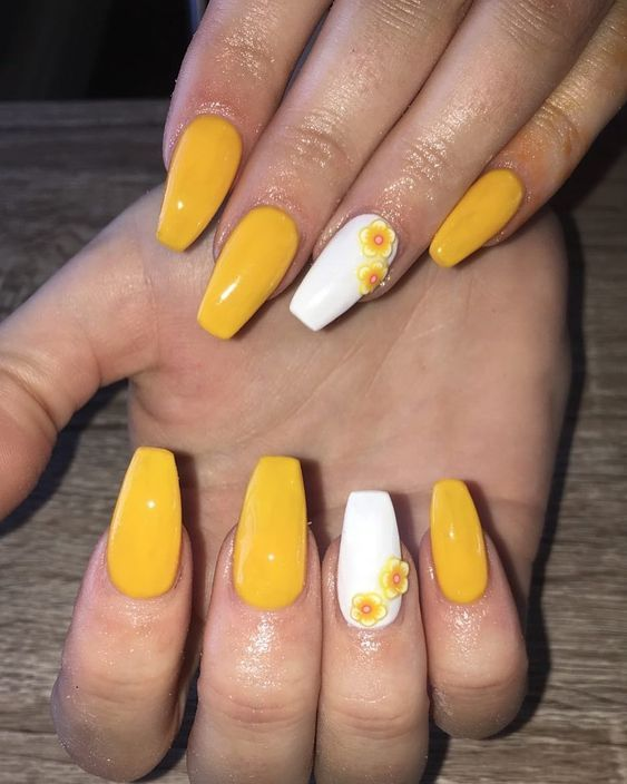 76 Stunning Yellow Acrylic Nail Art Designs For Summer In 2020