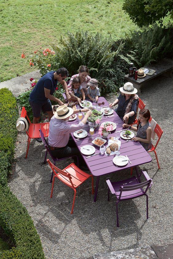 Ensemble Table Et Chaises Luxembourg Couleur Capucine Et Violet Aubergine Jardin 16