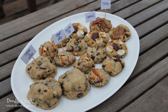 5 in 1 Chocolate Chip, Smores, Sweet & Salty, Cookies 'n Cream and Turtles Cookies!