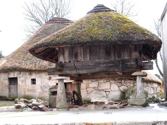 ancient (CELTIC) graneries in ANCARES, Galicia (Spain):