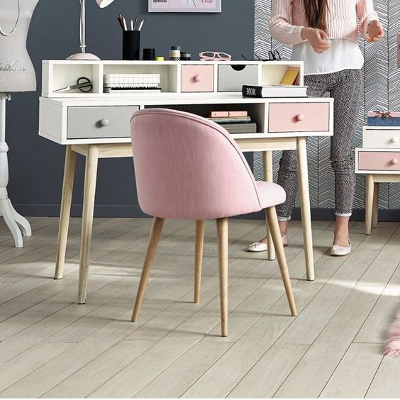 bureau enfant blush maisons du monde marie claire. Black Bedroom Furniture Sets. Home Design Ideas