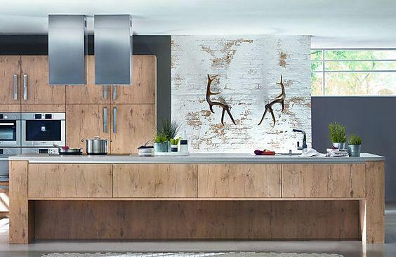 Tischlerküche: Inselküche XL 1211 in Holzdekor (Ballerina Küchen)