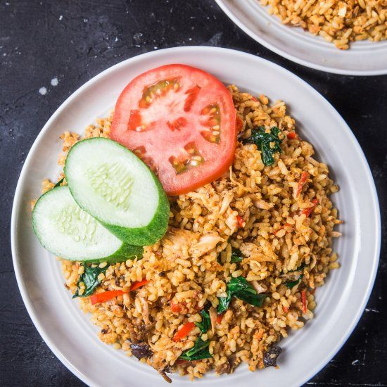 Nasi Goreng Is A Second Place Of 50 Most Delicious Foods In The World All Foreign Artists Said Nasi Goreng The Fried Rice Nasi Goreng Chicken And Potato Curry