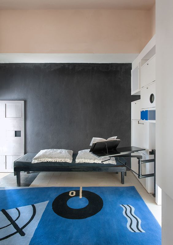 bedroom colors gray and villas on pinterest. Black Bedroom Furniture Sets. Home Design Ideas