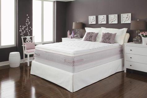 lila Schlafzimmer, einrichten mit Bett Matratze, Holzdesign