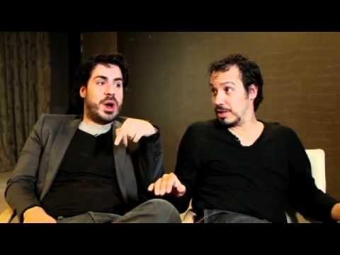 Alexandre et Simon Astier jeu des 7 familles - YouTube