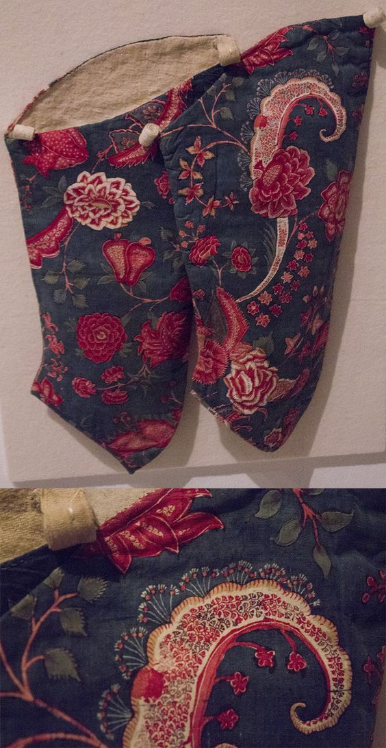 Pair of chintz sleeves with a blue ground. Cotton made in India 1700-1750, sleeves worn ca. 1760.