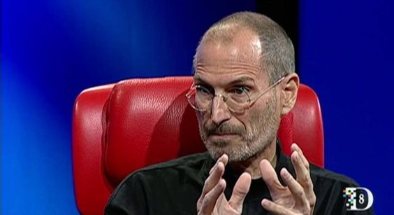 Steve Jobs Talks About The Courage To Remove Outdated Tech In Oddly Prescient Video