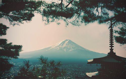 Japan is so beautiful!! I wanna go nowwww!!