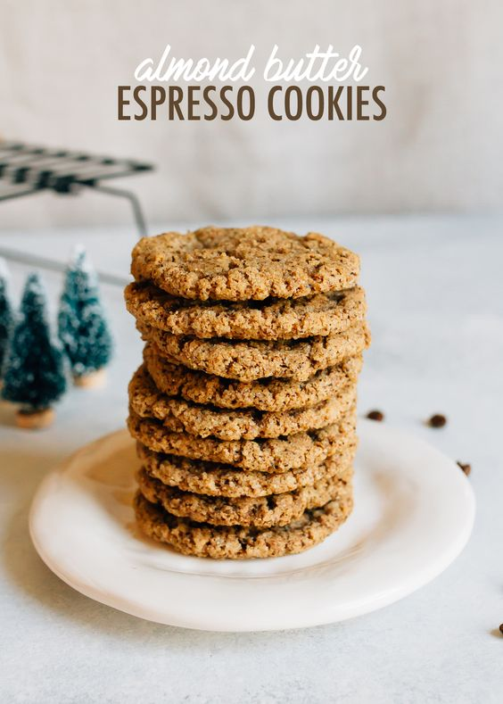 Crunchy and chewy, these almond butter espresso cookies are made with one bowl and only six ingredients. Plus, they're flourless, vegan and gluten-free!
