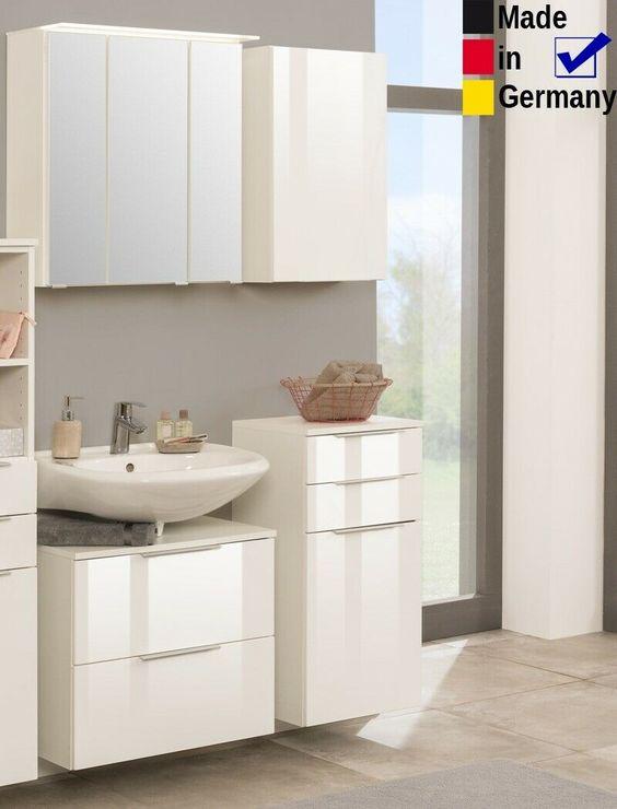 Badezimmer Rasmus 11 Hochglanz Weiss 4 Teilig 3d Spiegelschrank Led Badmobel In 2020 Spiegelschrank Led Spiegelschrank Badezimmer