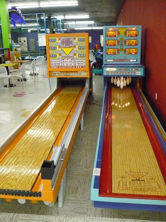 vintage arcade game | The Krow's Nest Operating 6 Ball Bowling Machines