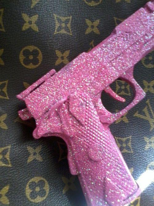 Pink Sparkly Guns Google Search Truc Rose Fond D Ecran Telephone Fond D Ecran Colore