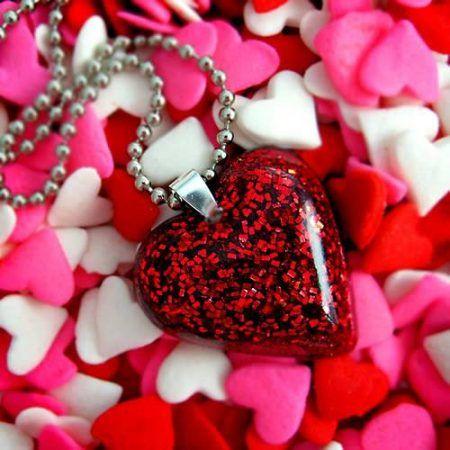 صور حب Hd متحركة 22 صورة حب متحركة جديده 2020 Red Heart Necklace Love Gifts For Her Heart Shaped Pendant Necklace