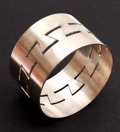 HERMAN HERMSEN 1953 - Zilveren armband Meander ontwerp uitvoering 1995