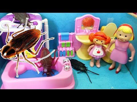 الصراصير العملاقة تعيش في غسالة الحمام ولولو خايفة عائلة عمر جنه ورؤى أفلام بلاى Playmobil Youtube