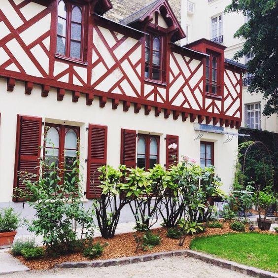 Rue de Grenelle, Paris 7