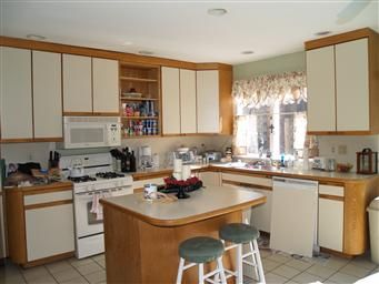 how to update laminate kitchen cabinets new pics added 4 17 10 updated 4 9 10 painting my 8940