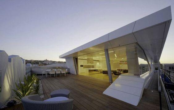 Rooftop Apartment Overlooking Bondi Beach: