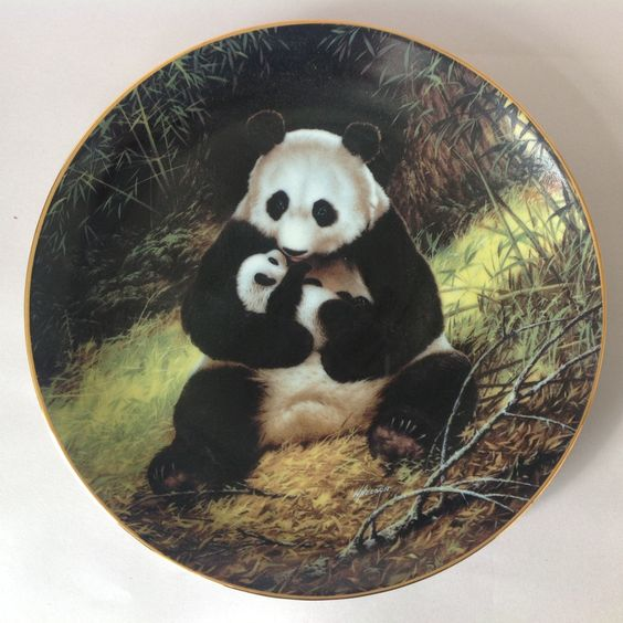 'The Panda' by Will Nelson 1988 Limited Edition Collector Plate