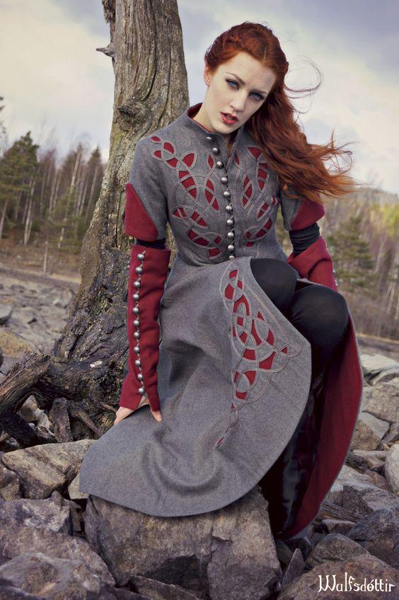 Medieval clothing by Wulfsdottir.deviantart.com on @deviantART