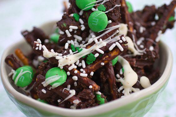 Leprechan Bark: Delicious Desserts, St Patrick S, Holiday Ideas, Holiday Treats, Dessert Ideas, St Patricks Day, St Pattys Day, St Patrick'S Day, Patrick S Treats