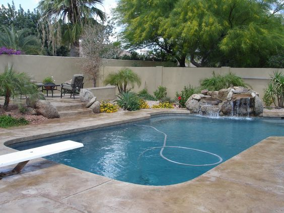 No border decking gray bottom pool pinterest stained for Pool design philippines