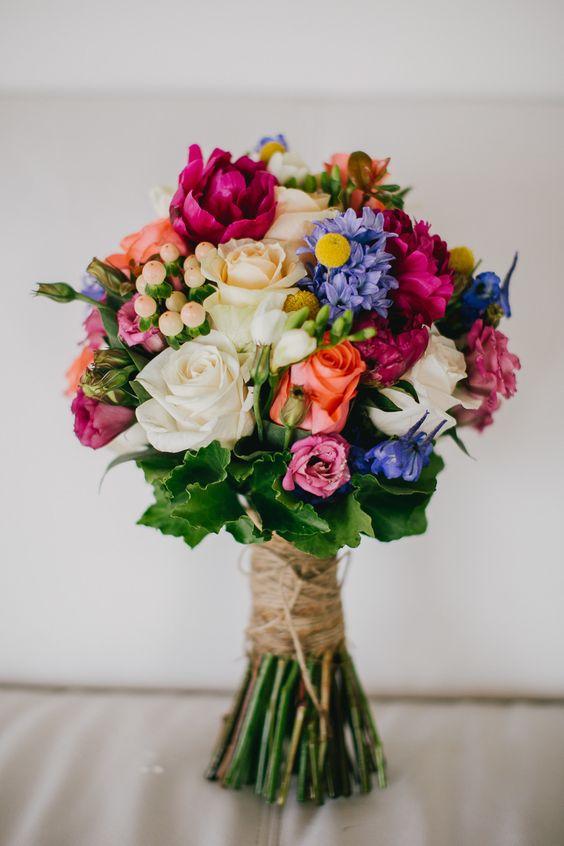 Buquê colorido para um dia de sol <3 #noiva #casamento #bouquet #wedding