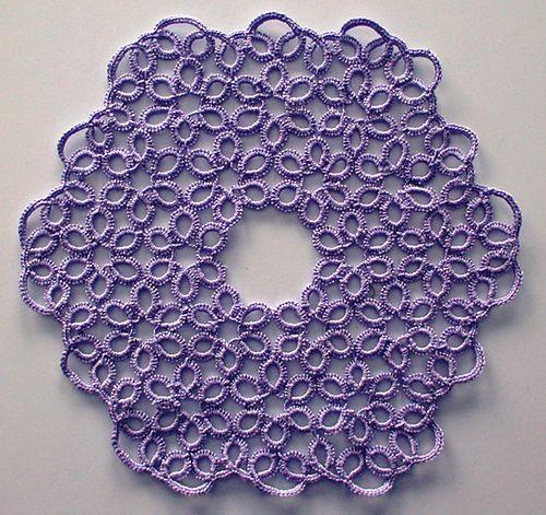 free pattern for little doily or big coaster (17/19cm) = Lavendura pattern by Viviane Deroover