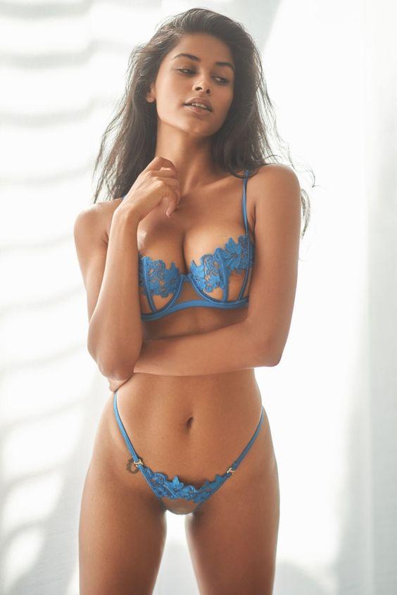 Reifler nackt Paige  Paige Reifler