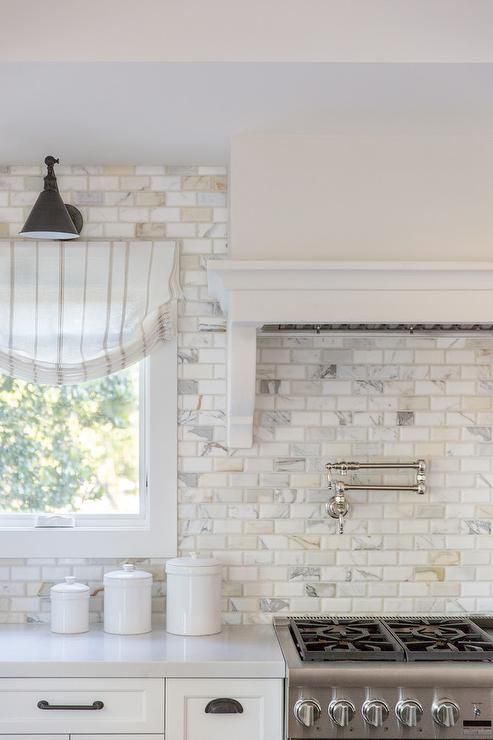 Calcutta Gold Marble Beveled Brick Backsplash Tiles In A Transitional Kitchen Combined With White Brick Backsplash Kitchen Brick Backsplash Beveled Subway Tile